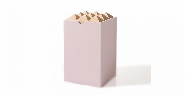 korridor design 1 pyramide box rosa
