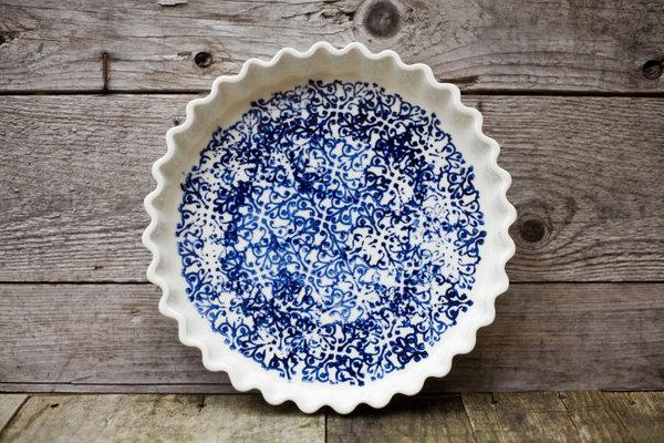 Koromiko Pie Dish from Quebec Art et Manufacture